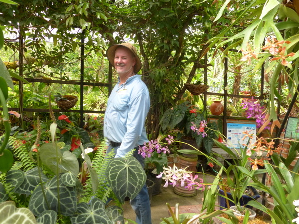Ordinaire Bob Price Walks Among His Puerto Vallarta Botanical Garden Orchid  Collection. (All Photos Yvonne Michie Horn)