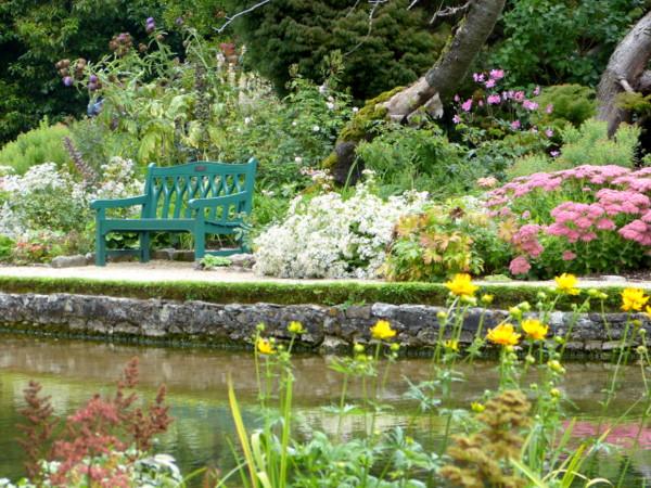 Wells Bishops garden